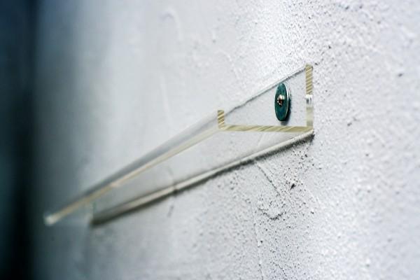 transparentes Acryl Board, ideal zur Präsentation von Cds, Schallplatten, DVDs, Bücher, Bilder - 100cm Länge
