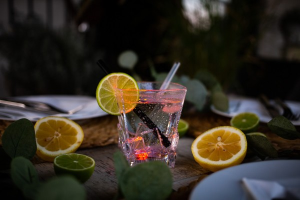 LED-Whiskey Dekorations Glas (1 Stück mit 300ml Fassungsvermögen)