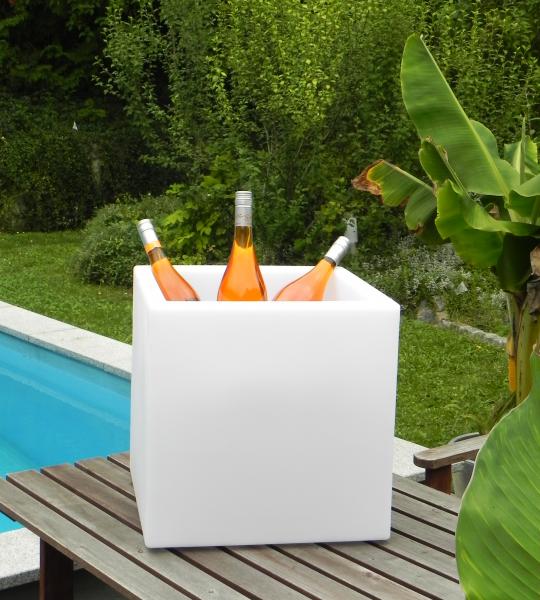 LED Box als Eiswürfelbehälter, der Hit auf jeder Party